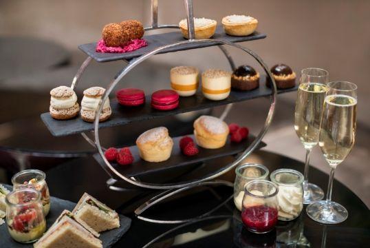 High Tea 101** A treat for the senses in Sydney's Circular Quay